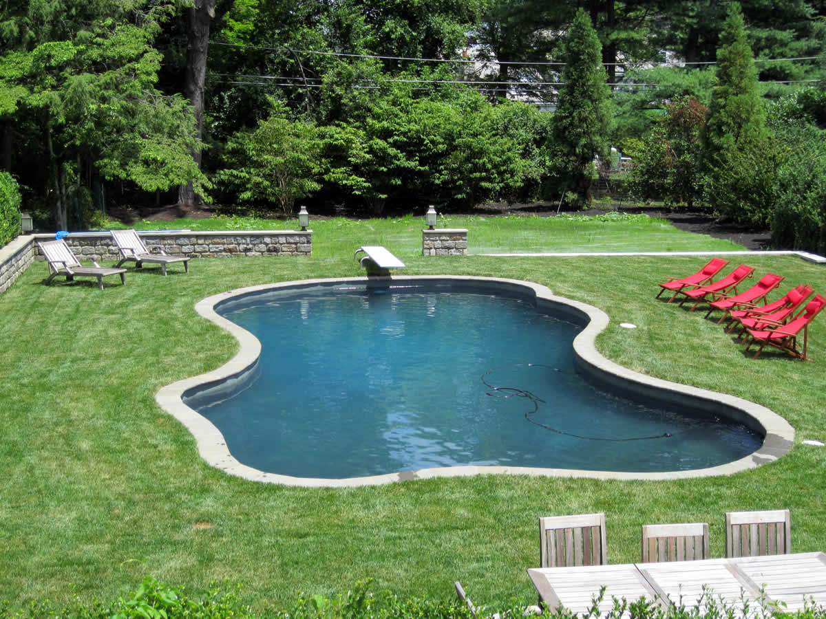 Custom Pools, Spas, Fountains & Ponds | C&V Wetworks